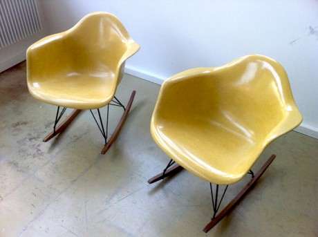 02eames-yellow
