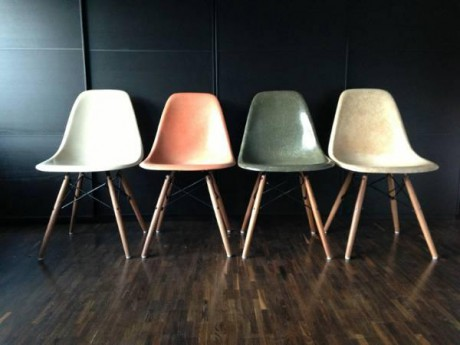 4-stk-eames-side-chairs-herman-miller